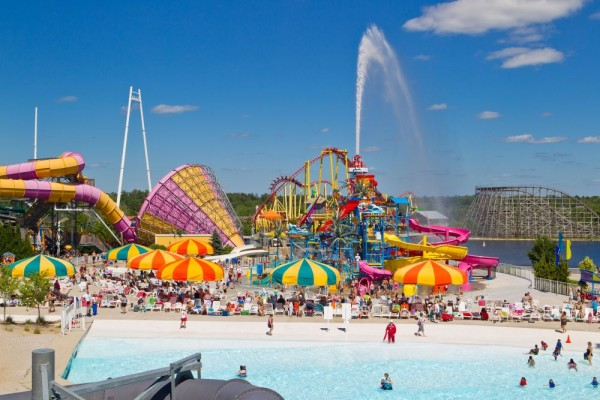 Michigan's_Adventure_Beach_Party