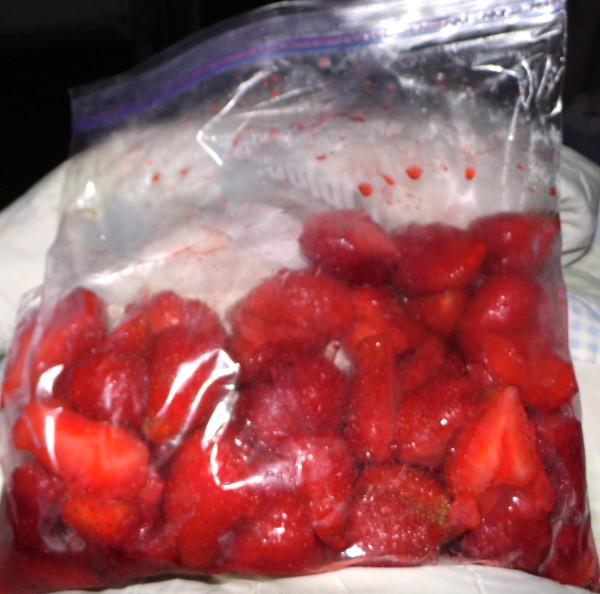 Freezing-Strawberries-1
