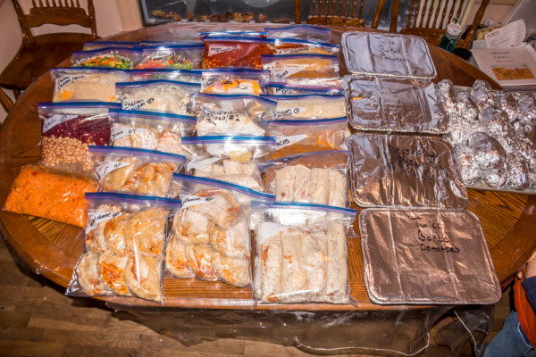 Monthly-Crock-pot-freezer-Meals-1