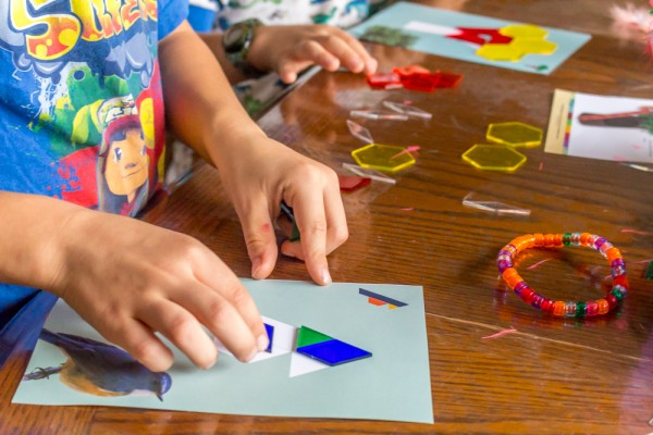 Mother-Goose-Time-Light-Table-Activity-8