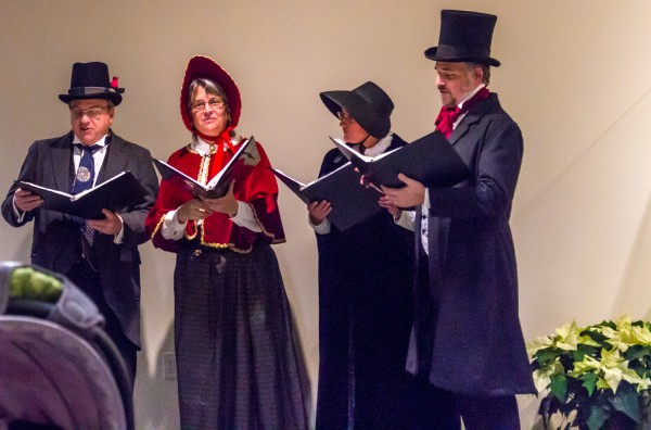 Dicken's Carolers