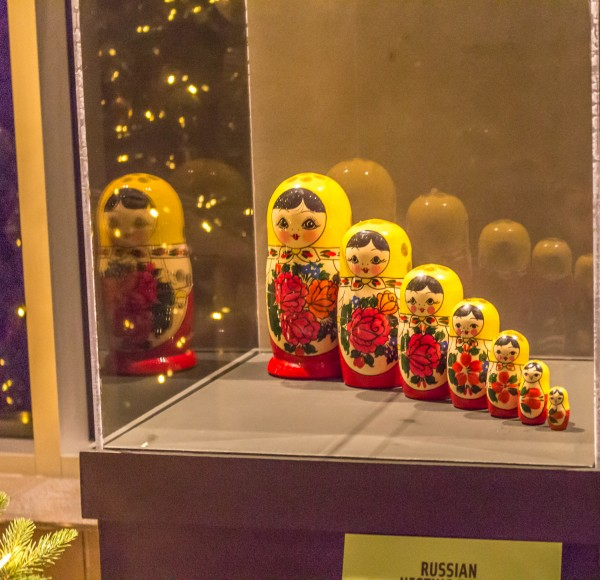 Christmas Around The World - Russian Nesting Dolls