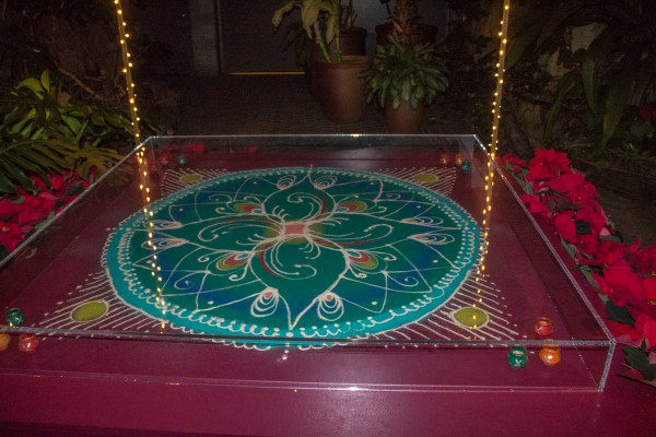 Christmas Around The World - Sand Rangoli