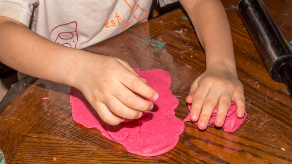 Valentines Day PlayDough-16