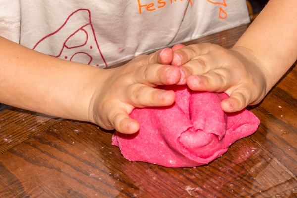 Valentines Day PlayDough-17