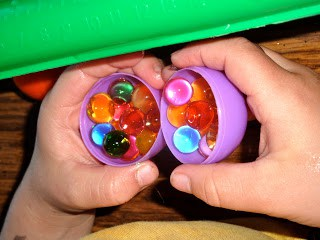 Easter-Egg-Water-Beads-Sensory-Bin