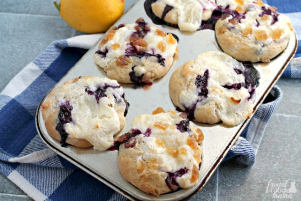 Blueberry-Lemon-Cream-Cheese-Muffins--Healthy-breakfast-ideas