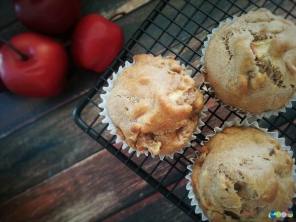 Whole-Wheat-Apple-Muffins--Healthy-breakfast-ideas