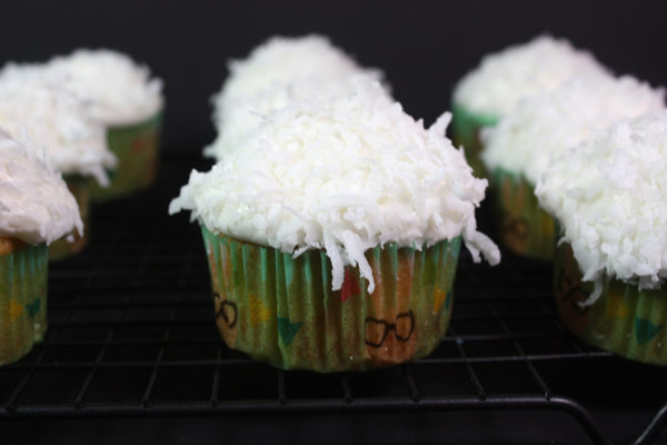 coconut-Cupcakes_03