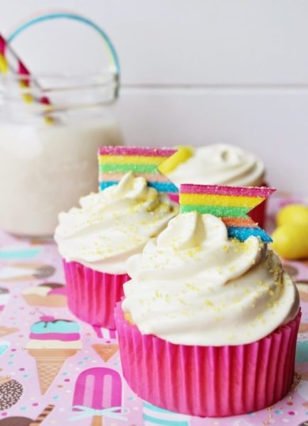 lemon-jelly-cupcakes_2-800x1109
