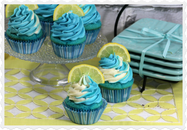 Blueberry-Lemonade-cupcakes-4-4-