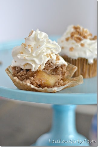 Dutch-Apple-Pie-Cupcakes_thumb[1]