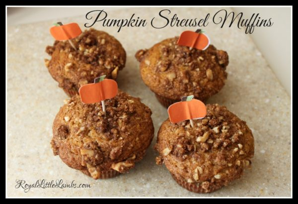 Pumpkin-Streusel-Muffins-Healthy-breakfast-ideas