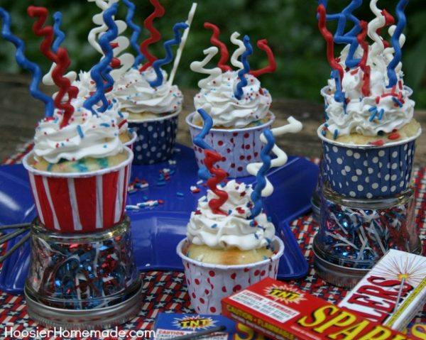 Sparkler-Cupcakes.1.HH_1-Patriotic Recipe