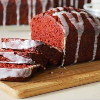 red-velvet-banana-bread