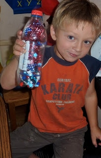 DIY-Patriotic-Firecracker-Bottle
