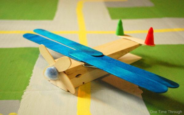 Clothespeg-Plane1-Kids-Craft-ideas
