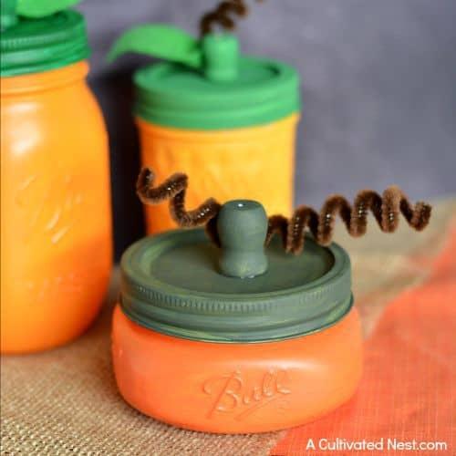 easy-cute-fall-mason-jar-pumpkin-craft-kids-craft-ideas-for-fall
