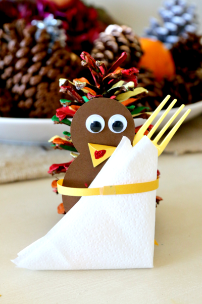 turkey-silverware-holder-kids-craft-ideas-for-fall
