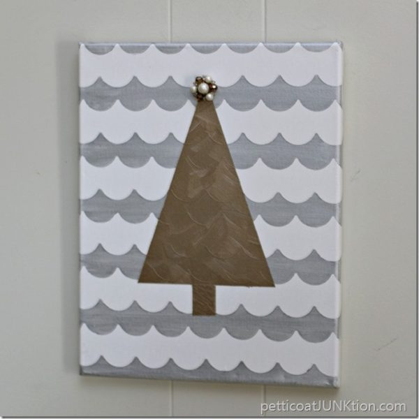 metallic-gold-tree-scallop-shape-tape-project-petticoat-junktion_thumb-Kids-Craft-Ideas-For-Christmas