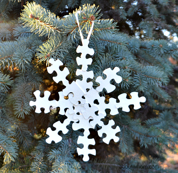 snowflake-ornament-3-Kids-Craft-Ideas-For-Christmas