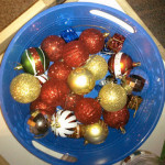 Sensory Bin Ideas For Christmas ~ Christmas Ornaments