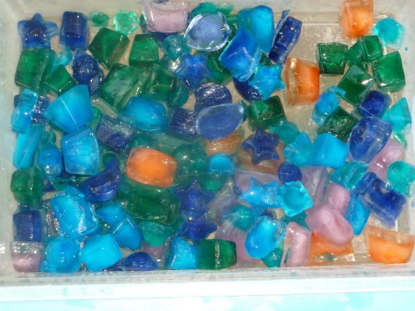 Ice-Cube-Sensory-Bin-1