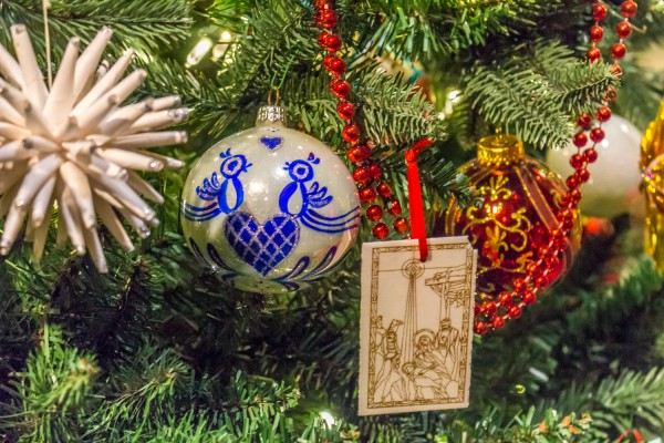 Christmas Around The World - Polish Christmas Tree