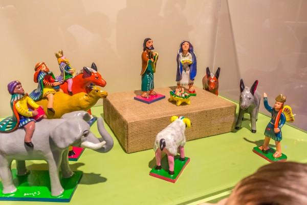 Christmas Around The World - Mexican Nativity Scene