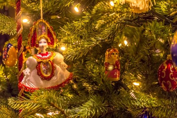 Christmas Around The World - Russian Christmas Tree