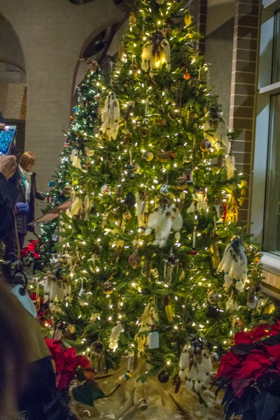Christmas Around The World - Native American Christmas Tree
