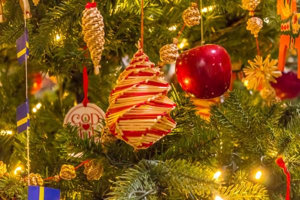 Christmas Around The World - Swedish Christmas Tree