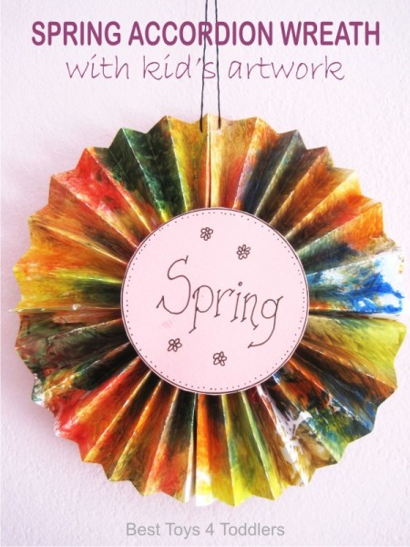 accordion-spring-wreath-kids-craft