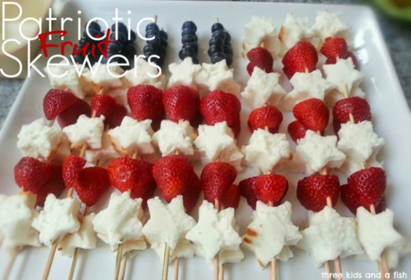 Patriotic-Fruit-Skewers-Patriotic Recipe