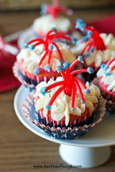 Twizzler-Firecracker-Cupcakes-Patriotic Recipe