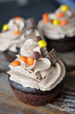 Reese-peanut-butter-cupcakes-266x400