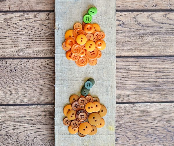 Pumpkin-Button-Craft-kids-craft-ideas-for-fall