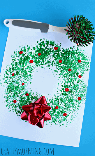 fun-dish-brush-christmas-wreath-craft-for-kids-Kids-Craft-Ideas-For-Christmas