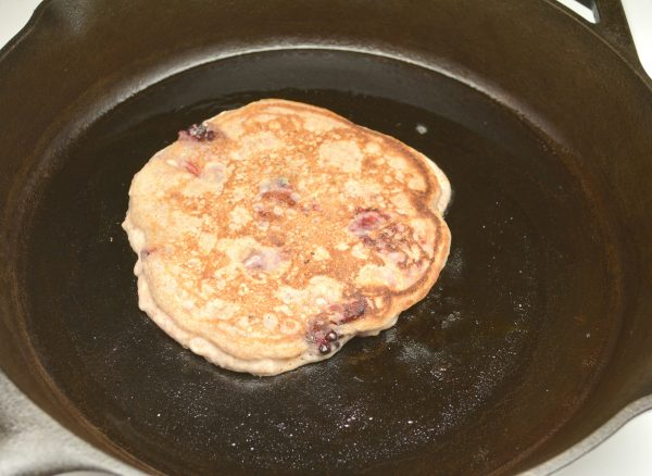 whole wheat oatmeal and mixed berries pancakes