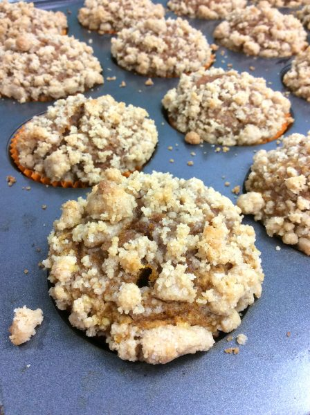 pumpkin crumble muffin 5-2